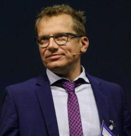 Dr. Martin Fengler
